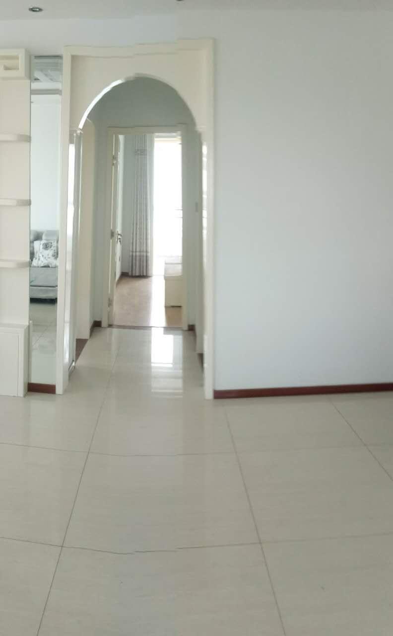 河西 泰一尚城 2室 1厅 96平米 整租