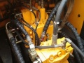 美日二手挖机总经销低价出售九成新现代225-7二手挖掘机-欢