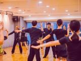 提高舞蹈水平从练习身体软度和肌肉能力开始西安舞蹈基础课