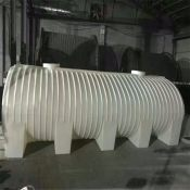 10吨卧式塑料桶10吨卧式运输桶10立方卧式塑料储罐