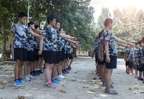2017年第六届思拓军事夏令营活动策划(图)_西