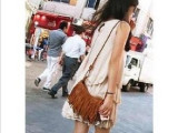 时尚百搭特价2010新款韩国可爱个性大扣环流苏单肩斜挎包包