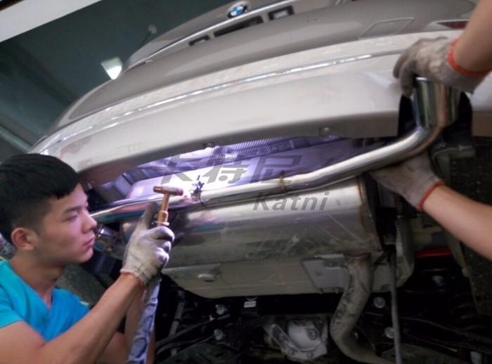 成都宝马320改装双边排气管高清图片