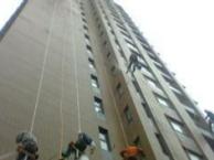 东莞麻涌高空外墙清洗,高空玻璃幕墙清洗,铝塑板清洗