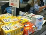 荷兰本土奶粉出售,如需要加我电话了解