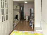 爱国里精装修两室家具齐全好楼层出行方便邻近南楼方便看房