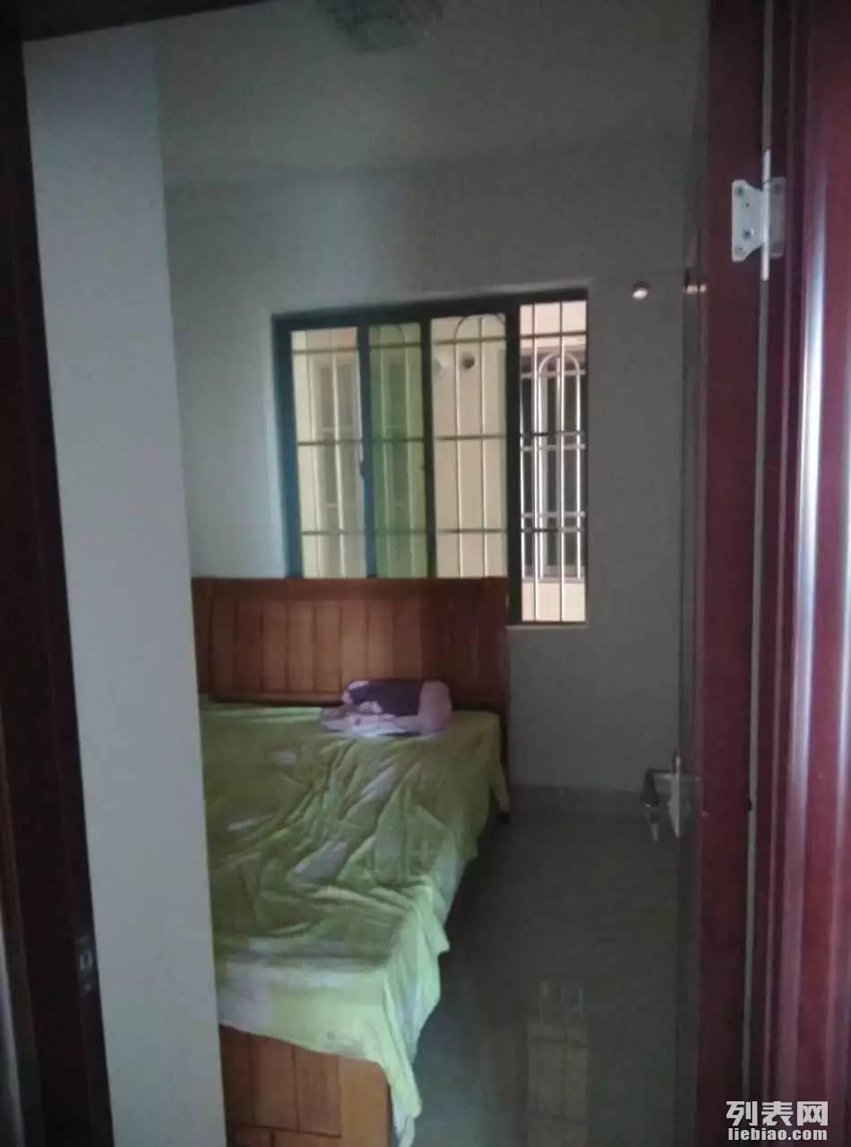 福永 业主本人出租 凤凰世纪花园 3室 2厅 120平米