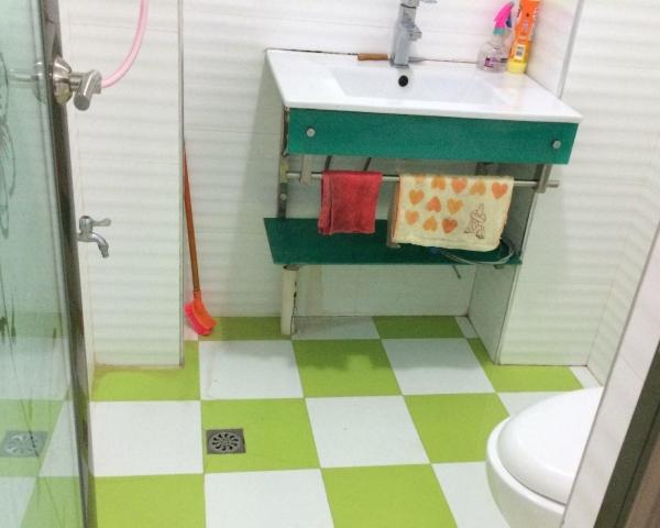 港北王府井 1室1厅 60平米 精装修 押二付一