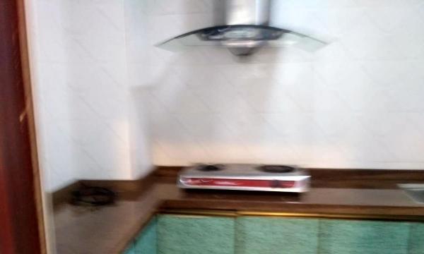 桂平世纪名门 3室1厅 120平米 豪华精装修 押一付三
