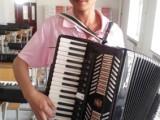 哈尔滨成人钢琴培训学校 成人钢琴老师 速成一首钢琴曲