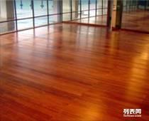 地铁口保质保量9成新二手地板,木门 低价出售