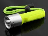 批发强光XML-T6潜水手电筒 专用潜水充电手电筒 防水手电 潜
