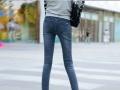 女式小脚牛仔裤十元左右牛仔裤批发春夏季便宜服装批发