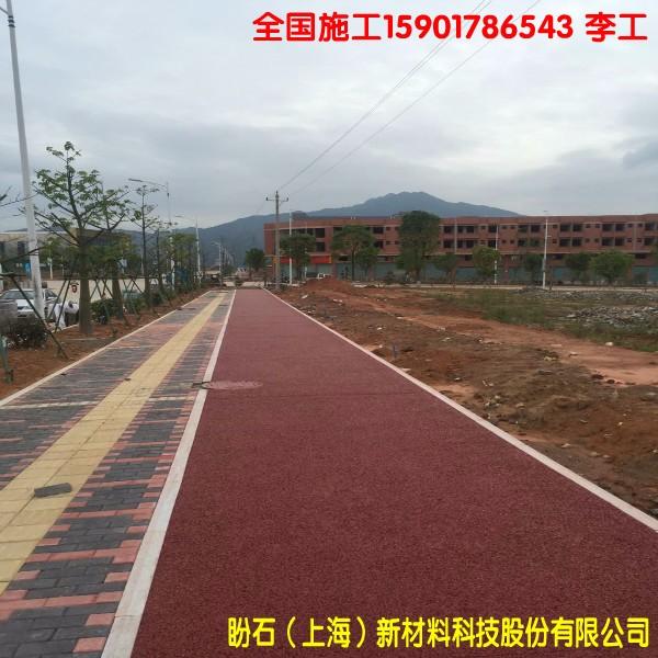 盼石包施工广西柳州透水混凝土地坪,停车场12CM透水路面施工