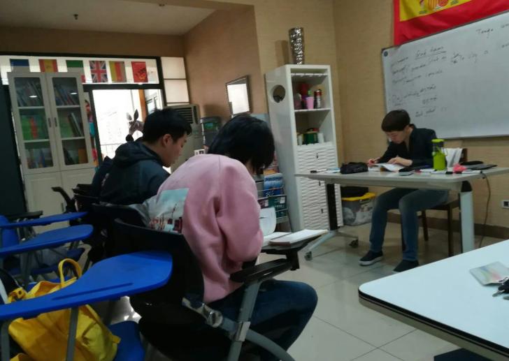 重庆专业西语培训 重庆新泽西国际 上海DELE西语考官授课