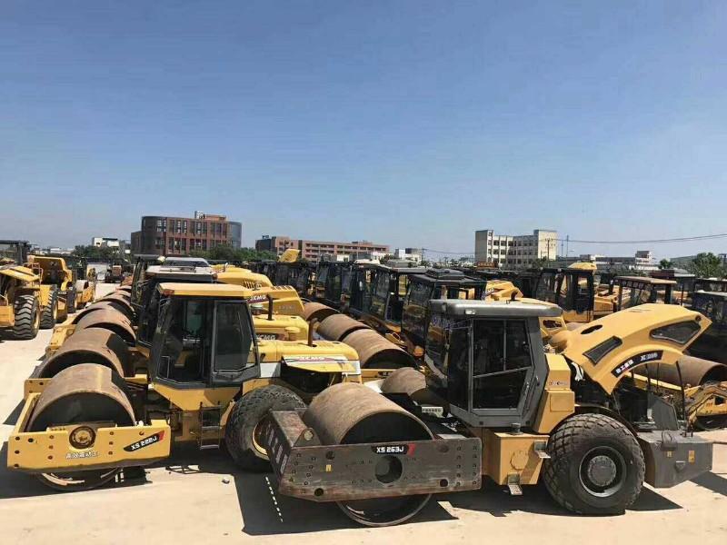便宜出售精品二手压路机,160推土机,装载机 全国包送