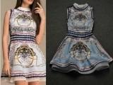 欧美夏装新款背心裙复古邮票圆领印花无袖斜纹绸连衣裙修身