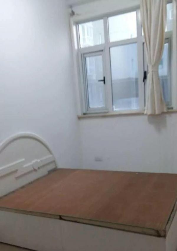 君临天下合理两室精装修新房水电暖气齐全干净整洁即租即住