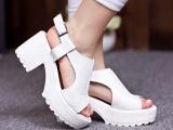 2014新款真皮粗高跟鱼嘴女凉鞋 厚底松糕时尚舒适 白黑色韩版女