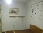 盛世广场1楼3室2厅1卫简装双气