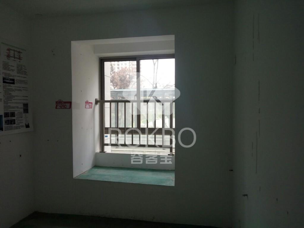 急售东方瑞园前后无遮挡,各付各税,看房方便,有产证可随时过户