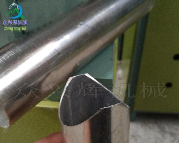 供应防盗网楼梯扶手护栏锌钢铁管角铁槽钢冲孔机下料机