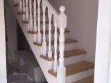 武汉供应福森实木楼梯扶手踏步欢迎来订购优惠多多
