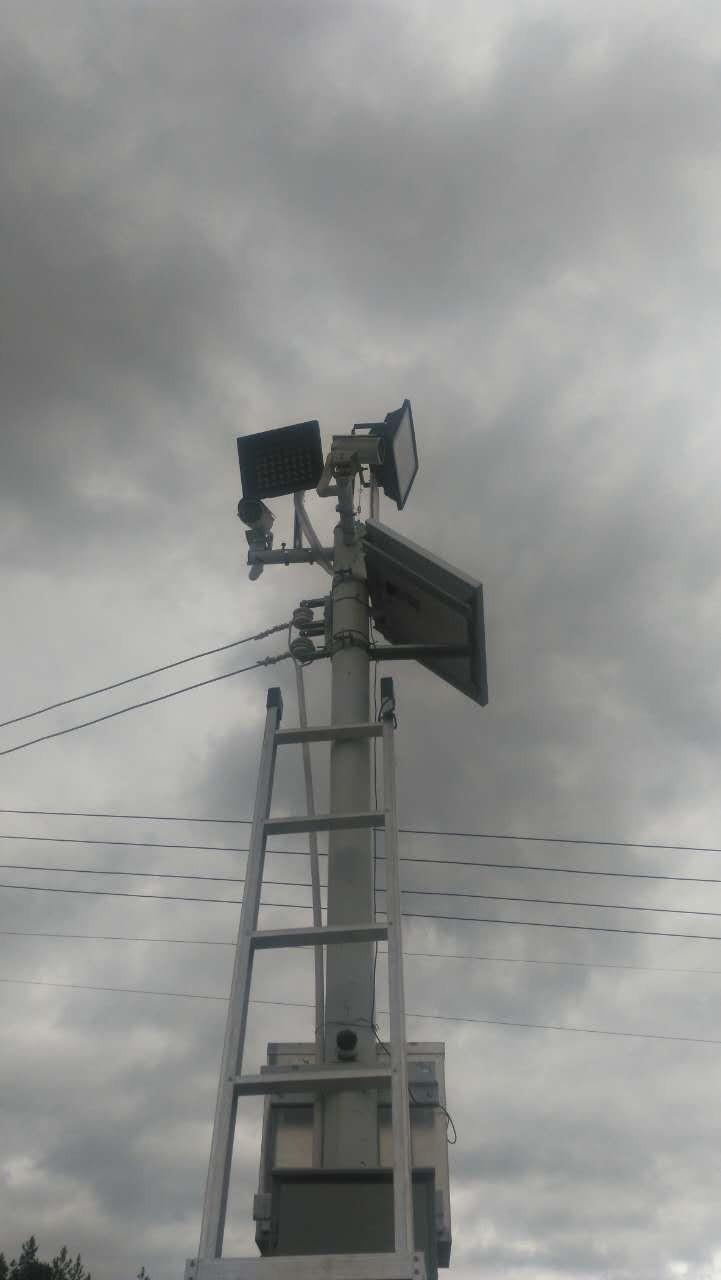 门禁考勤,监控无线覆盖,广播音响,投影,系统集成,网络布线等