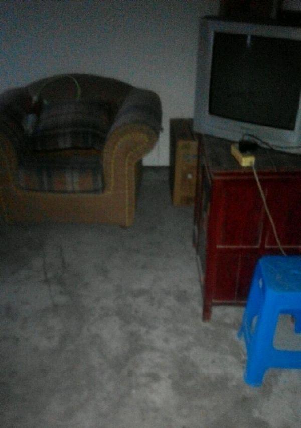 石雪公寓 2室1厅1卫 男女不限