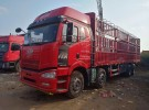 解放 前四后八9,6米货车出售,可以按揭贷款 首付六万即可1年6万公里16.8万