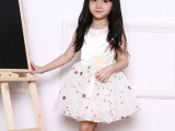 2015韩国品牌新款绣花儿童连衣裙女童礼服裙子 厂家直销 一件代发