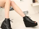 2014潮春新款坡跟鱼嘴鞋凉鞋 松糕厚底女鞋欧美铆钉超高跟凉鞋子
