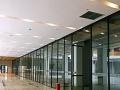 横岗原龙洲百货商场一楼内铺招租 可做服装 衣鞋包