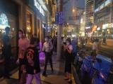 南京西路十字路口位置旺铺 招奶茶甜品咖啡上海小吃网红小吃等