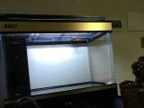 出一套泗海龙源龙鱼缸,9.9成新,底滤的