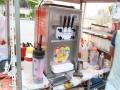 投币自动冰激凌售卖机/冰激凌车加盟/手工特色冰激凌