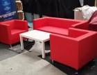 龙铭专业提供红色沙发 无扶手沙发 弧形沙发凳出租租赁