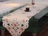 10428款欧式田园绣花桌旗 餐垫 电视柜盖布 批发定做