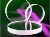 为您按要求,材质,品质,或按来图加工各种凸凹透镜,石英透镜