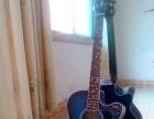 美美靓靓的吉他