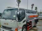 低价出售工地专用油罐车,运油车,介质:柴油,甲醇1年100万公里4万