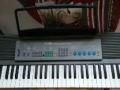 转让8成新电子琴