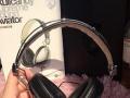 骷髅头耳机头戴式