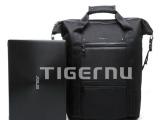 厂家直销1 双肩背包 批发5.6寸双肩电脑背包 背包加盟 背包代