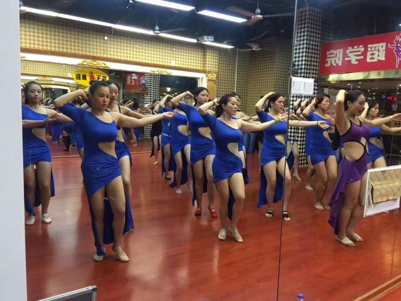 厦门零基础学舞蹈,坤玉舞蹈你的不二选择