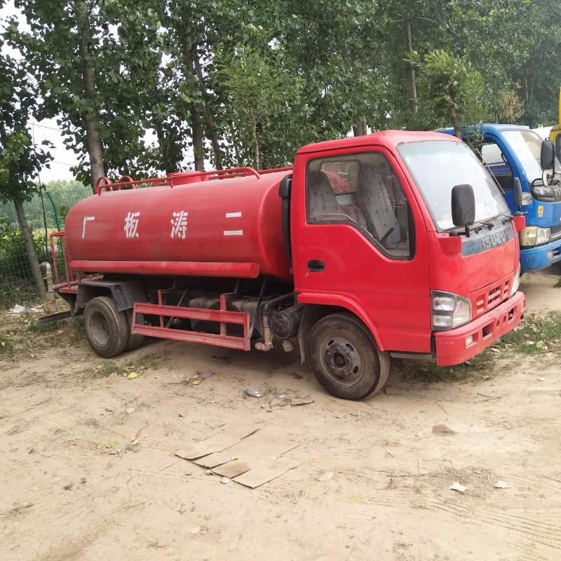 直销工程工地二手洒水车 绿化二手洒水车 5吨10吨洒水车价格