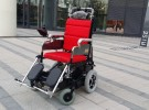 轮椅车 履带爬楼车 电动爬楼机 老人爬楼椅5800元