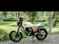 复古小豹子125摩托车