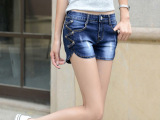 大码女装新款牛仔裤短裤女夏季宽松大码休闲卷边显瘦牛仔裤子