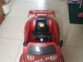 儿童电动车,大气红色